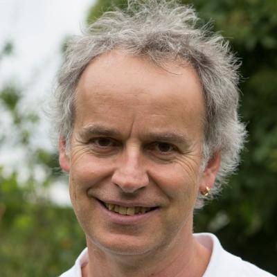 Josef Küng
